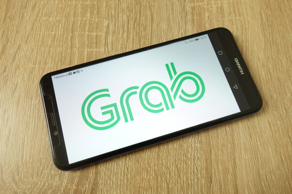 Grab to Introduce First Indoor Robot Runner Service in Singapore
